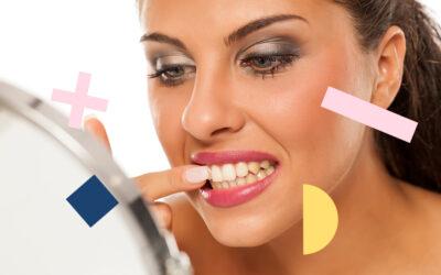 ¿Qué alimentos manchan los dientes?